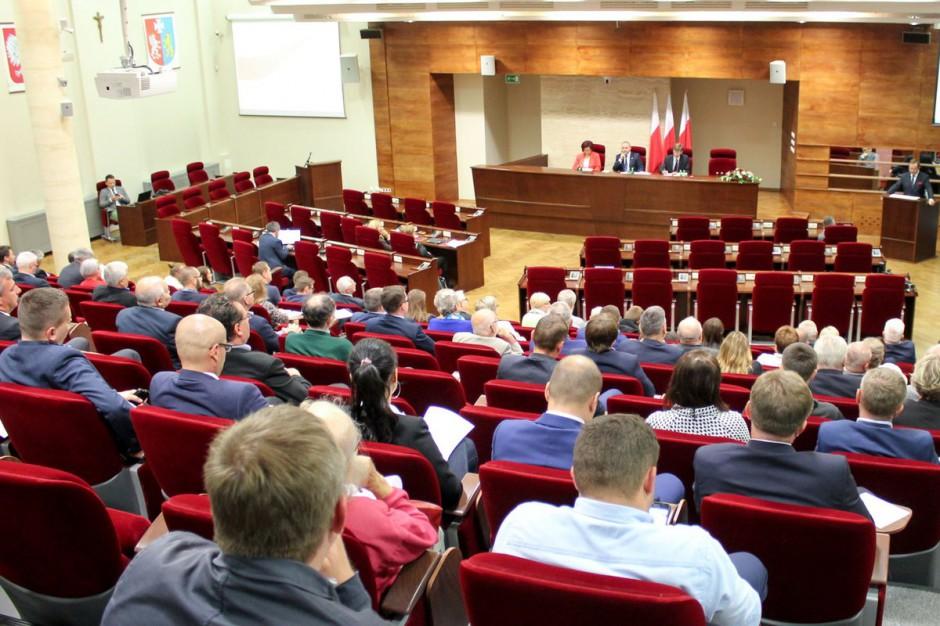 W Rzeszowie dyskutowano o referendum dot. zmian w konstytucji