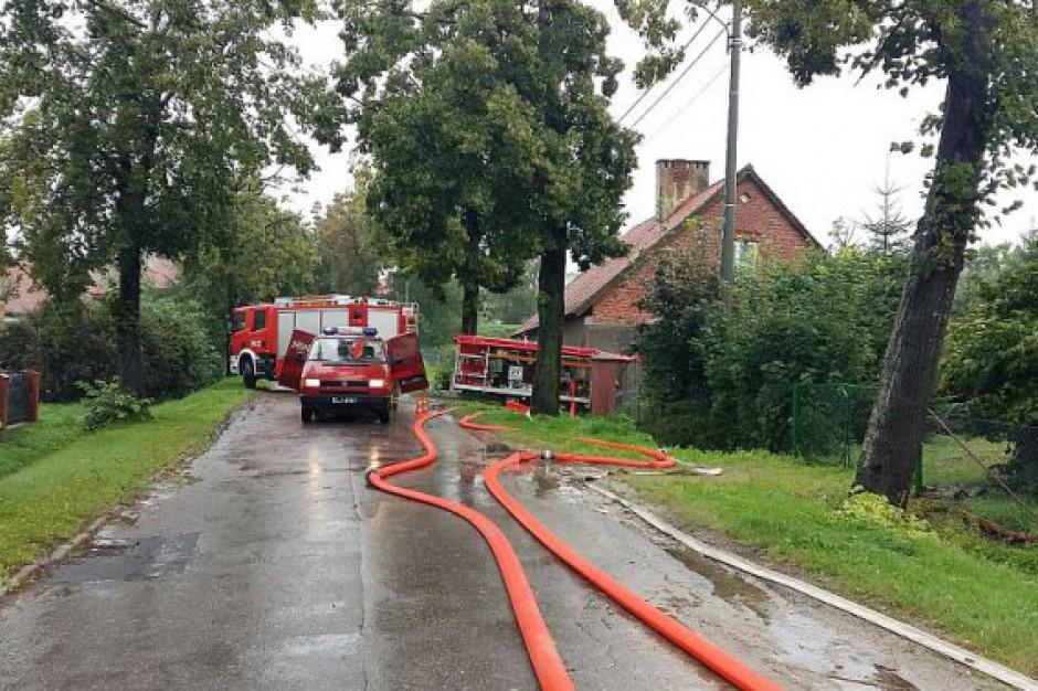 Podtopienia na Warmii i Mazurach. Ponad 600 interwencji strażaków jednego dnia. Miasta liczą straty