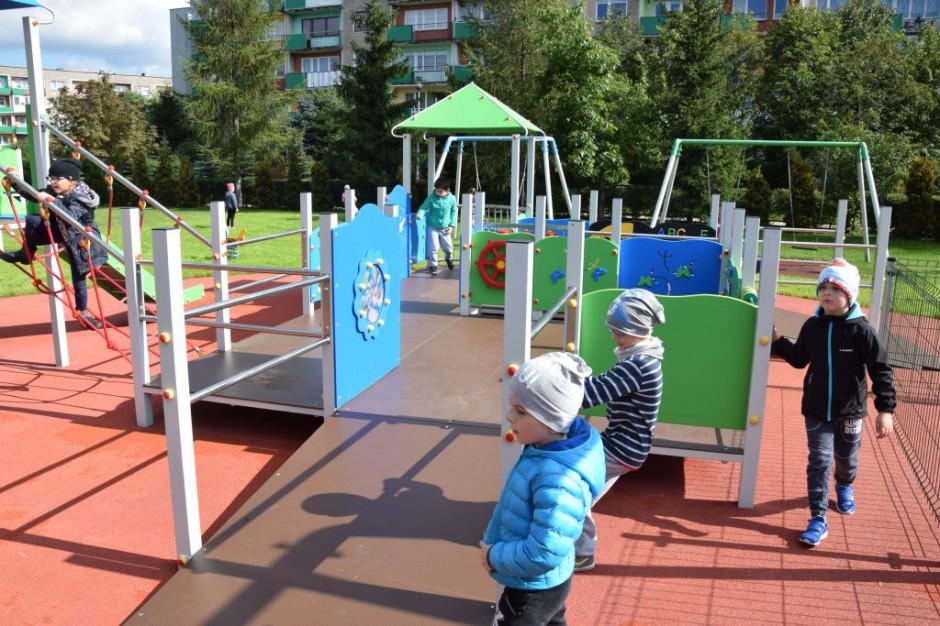 Suwałki: Powstał plac zabaw dla niepełnosprawnych w przedszkolu samorządowym
