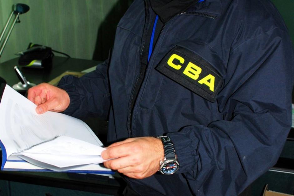 CBA w Olsztynie. Wśród zatrzymanych były urzędnik