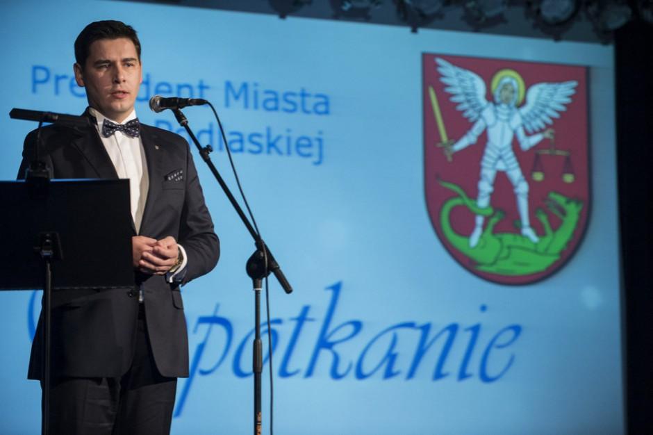 """Mieszkanie Plus w Białej Podlaskiej: """"Bloki powstają w miejscu tętniącym życiem"""""""