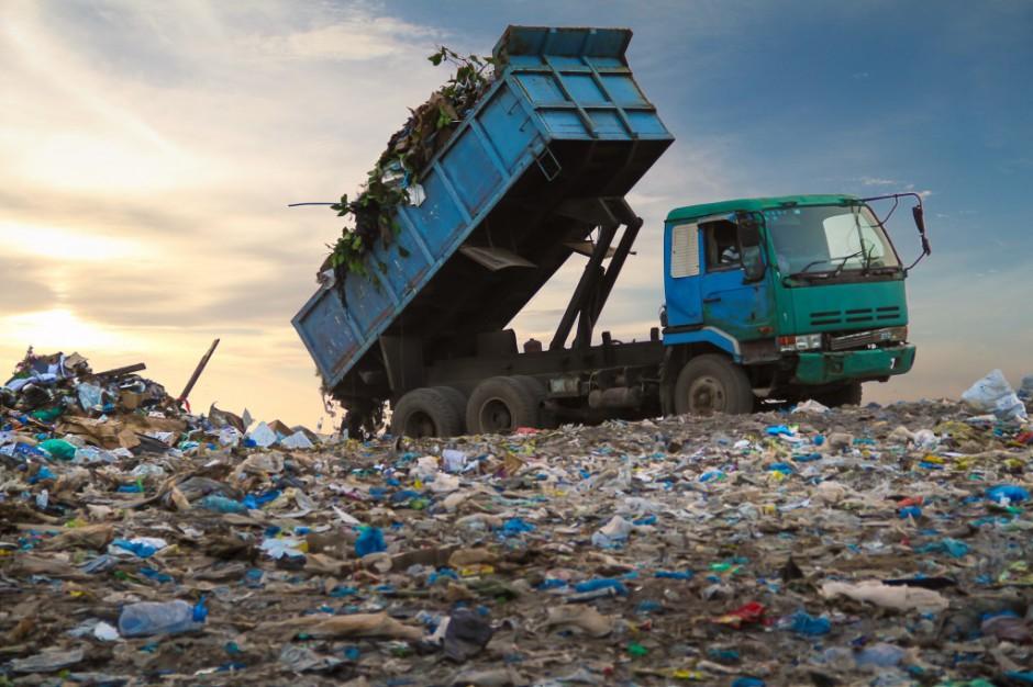Resort środowiska szykuje internetową rewolucję w śmieciach