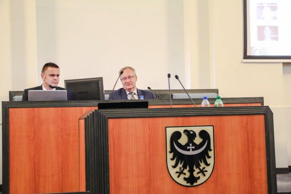 Dolnośląskie: Święta Jadwiga Śląska uznana za honorową obywatelkę regionu