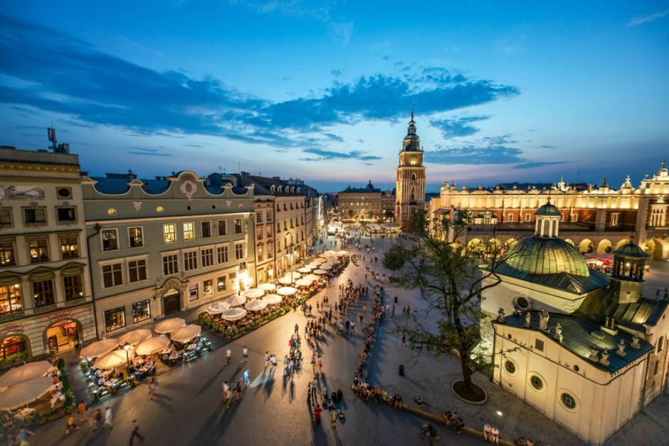 Kraków ratuje budżet wyprzedając nieruchomości? Korzysta biznes