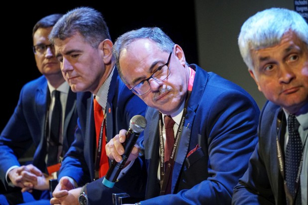 Dialog między rządem a samorządem. Komisja Wspólna nie spełnia swej funkcji?