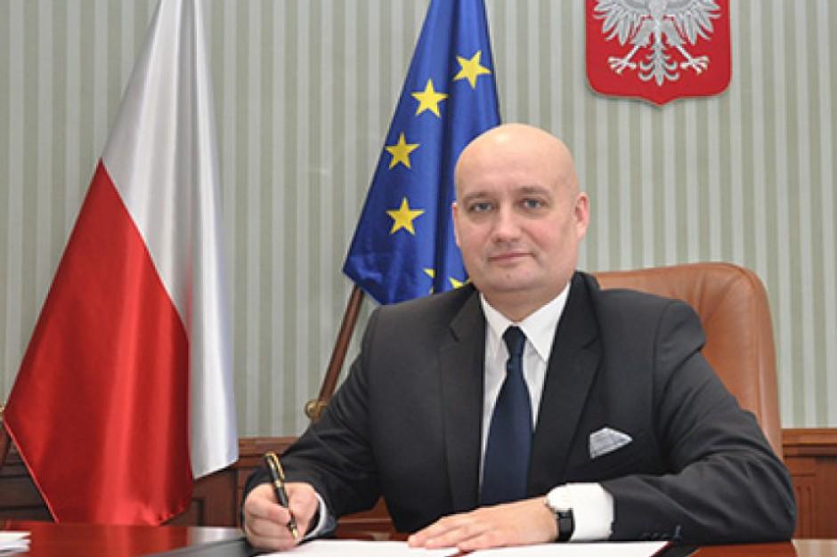 Wojewoda wielkopolski apeluje do samorządów ws. 500 plus: Musimy trzymać się terminów