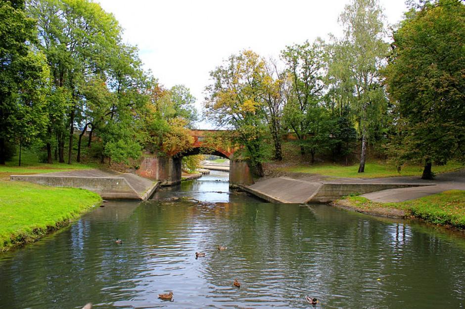 Włocławek: Zabytkowy park wypięknieje z unijną pomocą