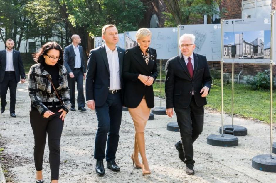 Andrzej Duda z małżonką z nieoficjalną wizytą w Krakowie. Gdzie wybrali się prywatnie?