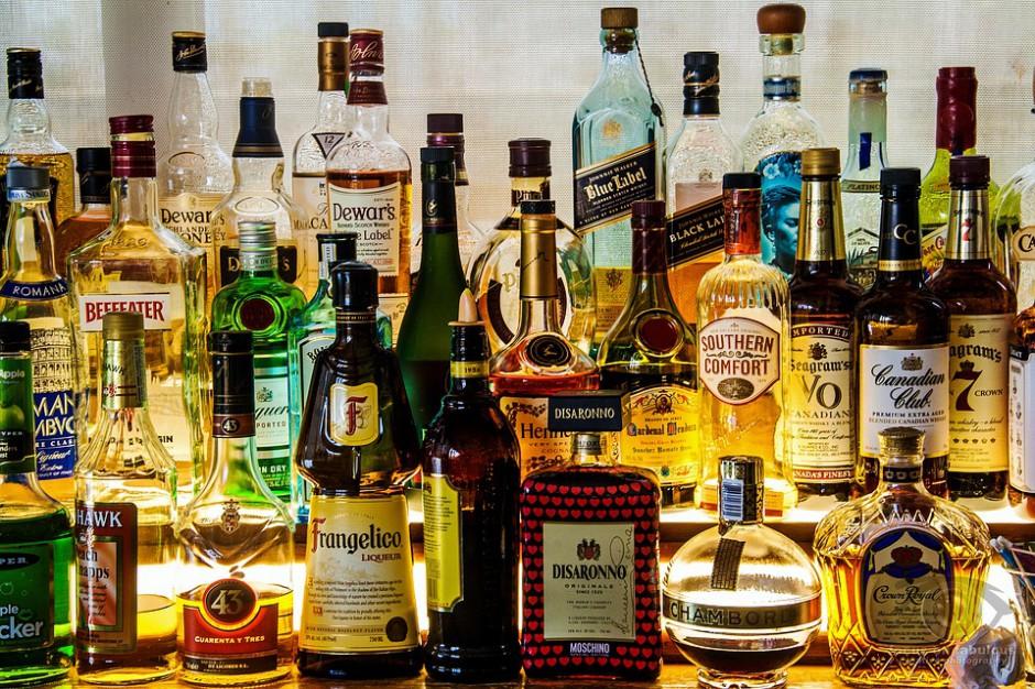 Łódź i Piotrków Tryb. myślą o wprowadzeniu nocnego zakazu sprzedaży alkoholu
