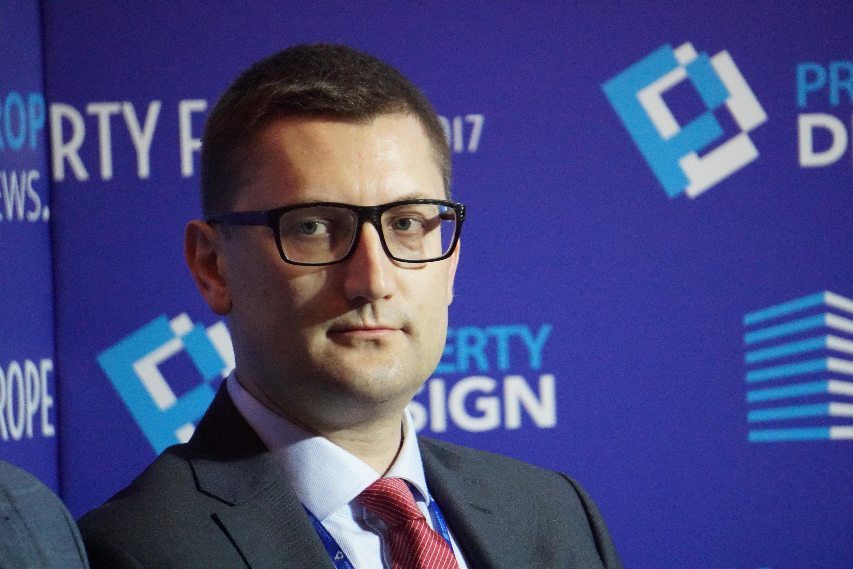 Arkadiusz Chlebowicz, dyrektor zarządzający w Waimea Holding wyjaśnia, że jako deweloper starają się dość blisko współpracować i kontaktować z zarządcami stref. Fot. PTWP