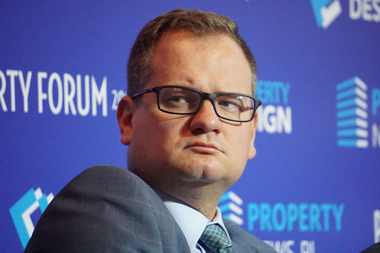 Naczelnik Wydziału Funduszy Europejskich i Rozwoju w Urzędzie Miasta Częstochowy Piotr Grzybowski uważa, że samorządy nie muszą rywalizować ze strefami . Fot. PTWP