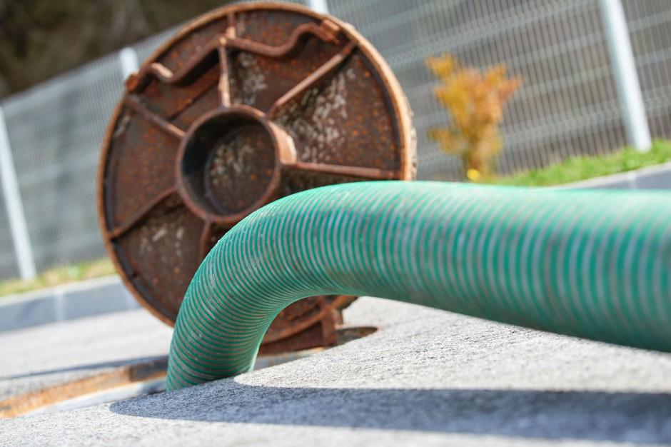 Kolejne umowy na świętokrzyską kanalizację i wodociągi