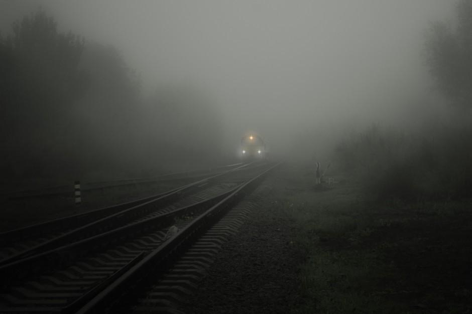 Wichury na Polską: Utrudnienia na kolei