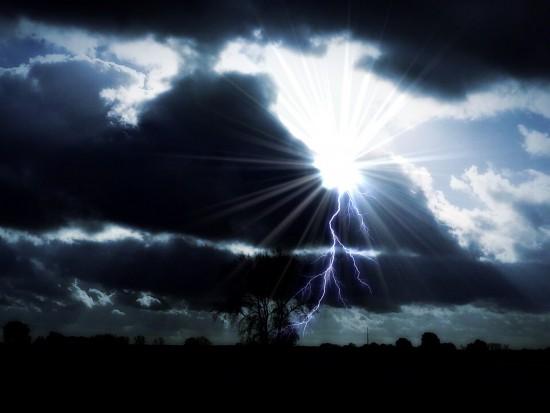 Podkarpackie, wichury: Uszkodzone domy i awarie prądu