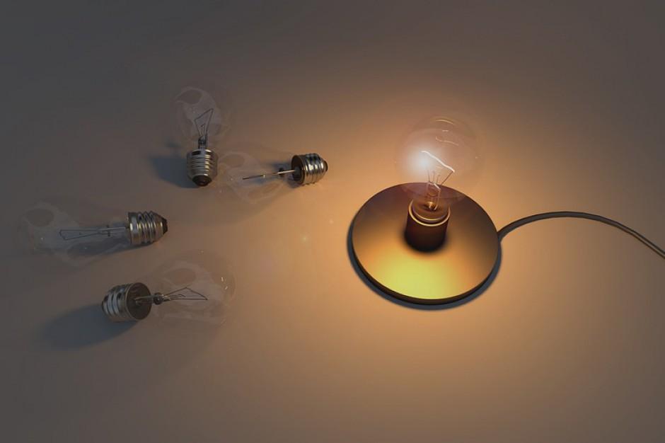 Orkan Ksawery, resort energii: Wznowiono dostawy energii do ponad 1 mln 175 tys. odbiorców