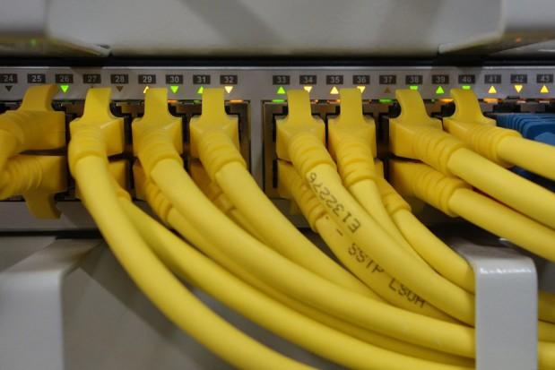 Podlaskie. Samorząd województwa wprowadza dużą obniżkę cen za dostęp do sieci szerokopasmowej