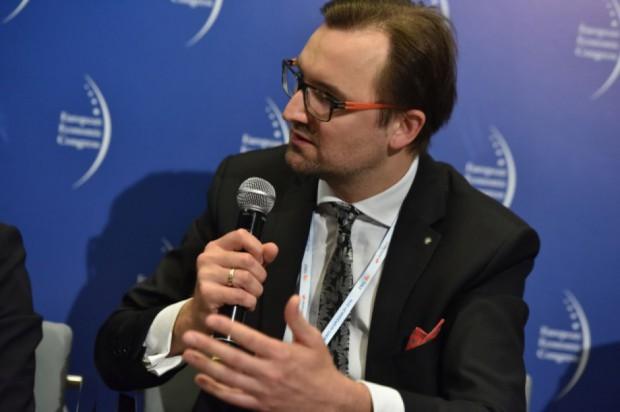Minister zapowiada walkę z patologią w gospodarce odpadami