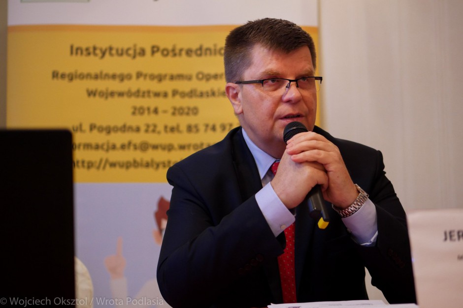 Podlaskie: 50 mln zł z UE na dokształcanie dorosłych do potrzeb rynku pracy