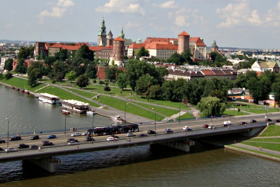 Kraków: Prokuratorzy i aktywiści badają reprywatyzację kamienic