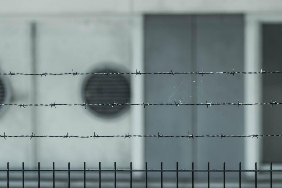 Nieoficjalnie: areszt dla trzech osób zatrzymanych ws. reprywatyzacji Chmielnej 70