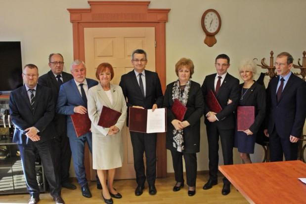 Bieruń, Lędziny, Łaziska Górne, Radlin, Rydułtowy, Ruda Śląska i Gliwice chcą od Katowic 44 mln zł