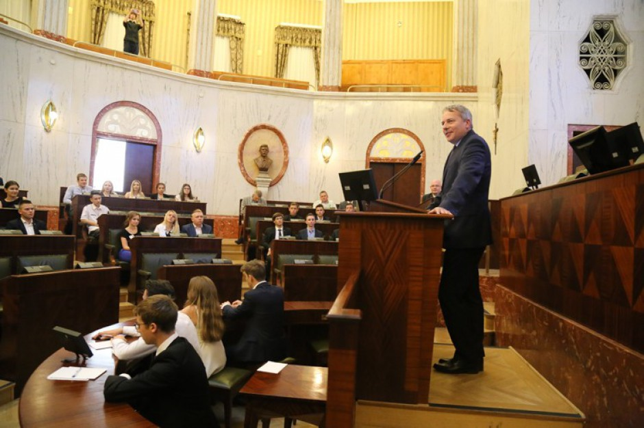 Młodzi przejmą władzę w Sejmiku Województwa Śląskiego