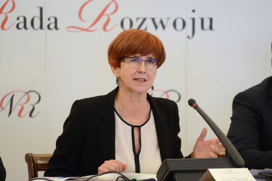 Elżbieta Rafalska pisze do samorządów. Chodzi o zmiany w programie Maluch+