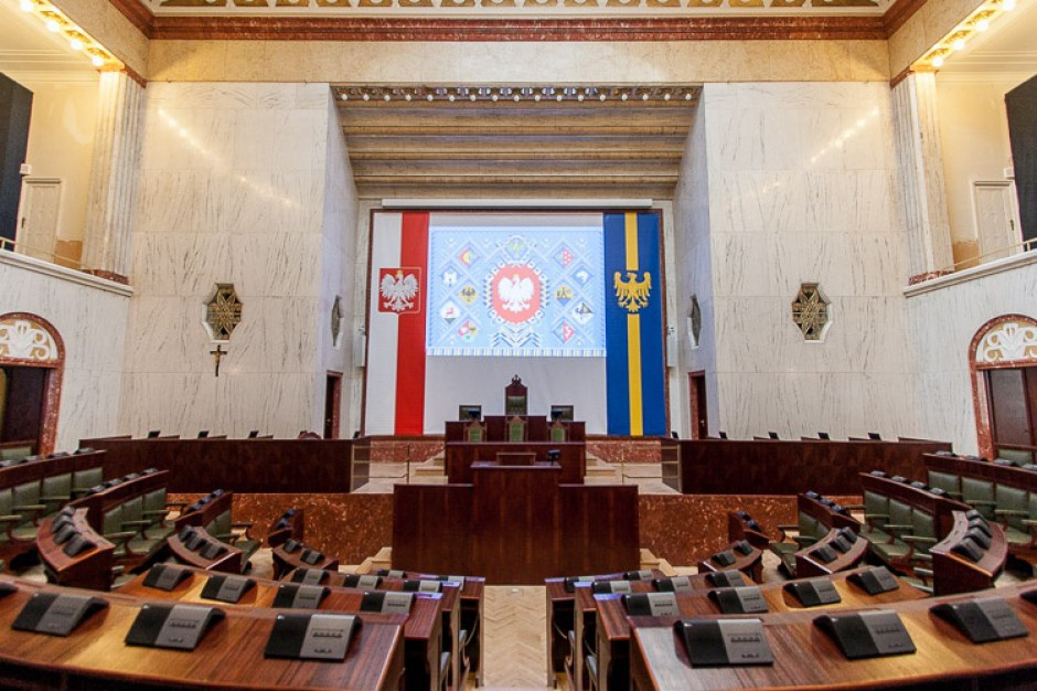 Inicjatywa uchwałodawcza mieszkańców woj. śląskiego ma przepisy wykonawcze