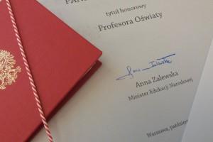 Oto 20 nowych honorowych profesorów oświaty