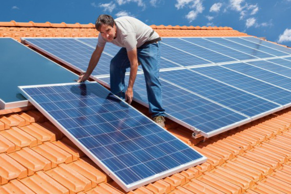 Energia odnawialna przyszłością wsi, ale nie może to być ślepa moda