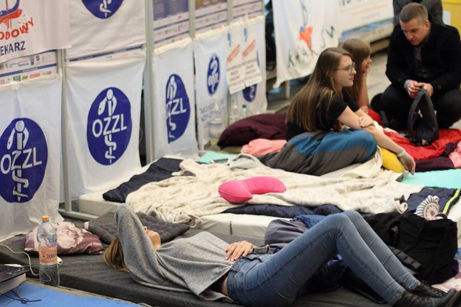 Lekarze - rezydenci w Małopolsce nie zostawią pacjentów bez opieki