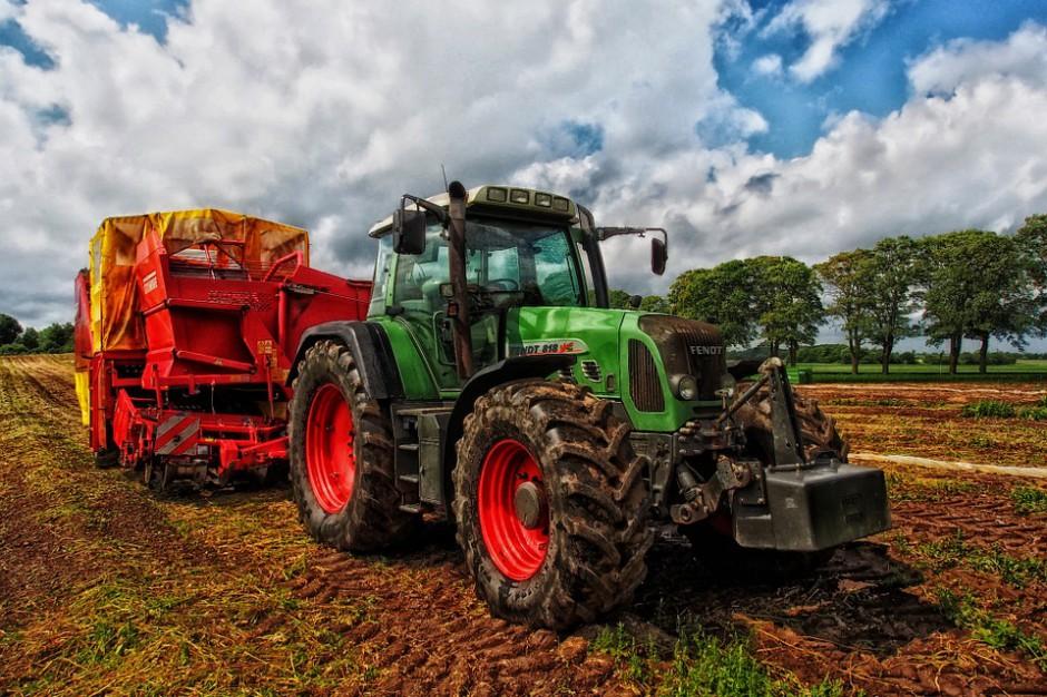 """Minister Jurgiel: """"Pakt dla obszarów wiejskich"""" będzie do końca roku"""