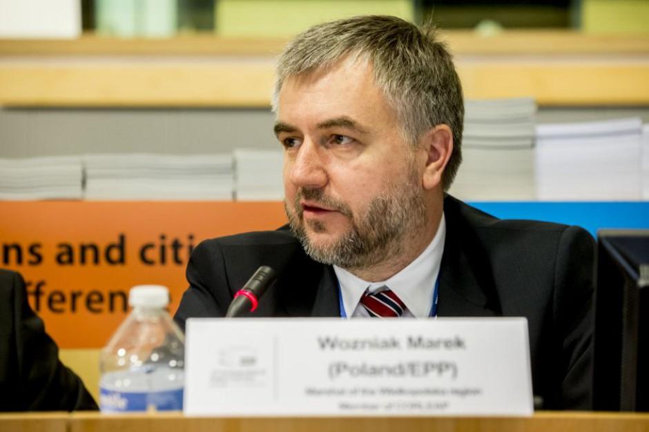 Marszałek Marek Woźniak ostrzega, że samorząd traci wpływ na kształtowanie polityki w regionie