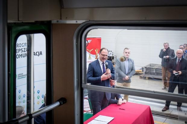 W obecnej perspektywie RPO 2014-2020 województwa śląskiego na projekty związane z niskoemisyjnym transportem miejskim zapisano łącznie ok. 1,7 mld zł. (fot.slaskie.pl)