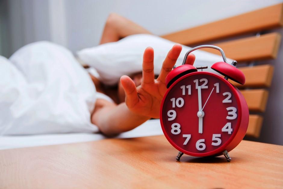 Zmiana czasu z letniego na zimowy: Z 28 na 29 października przestawiamy wskazówki zegara