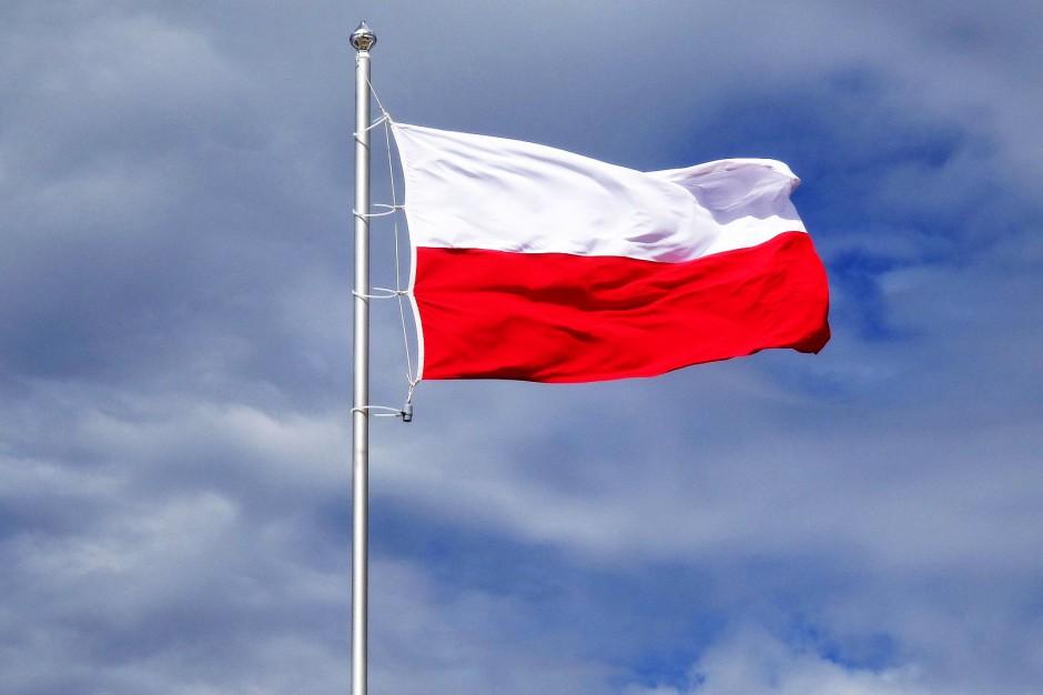 W miastach w całej Polsce powstaną Kolumny Niepodległości