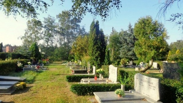 Poznań: Przez silny wiatr niewykluczone czasowe zamknięcie cmentarzy