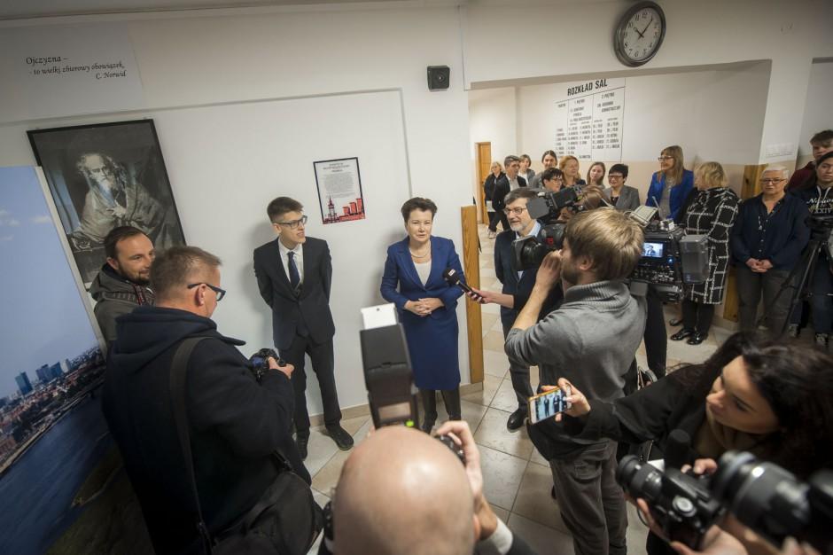 Warszawa jak Słupsk. W każdej szkole preambuła Konstytucji RP