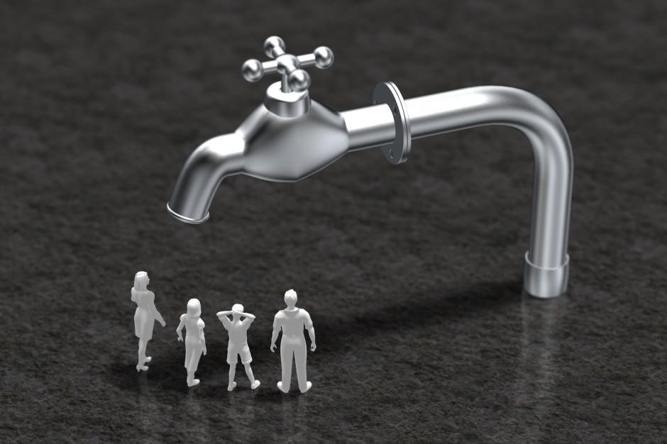 Sieć wodociągowa się rozrasta, a Polacy zużywają coraz mniej wody