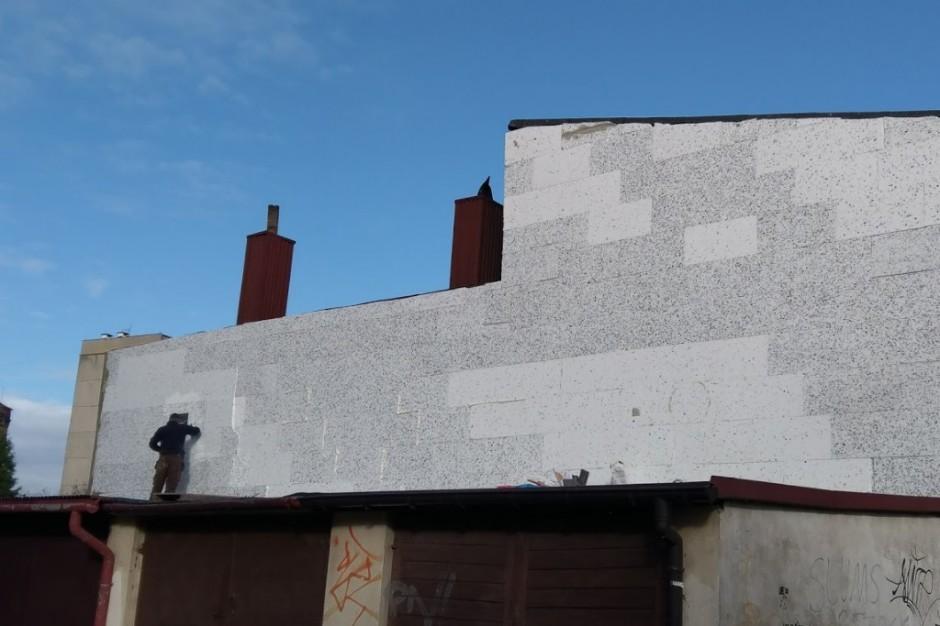 Walka ze smogiem. Konieczna kosztowna modernizacja domów
