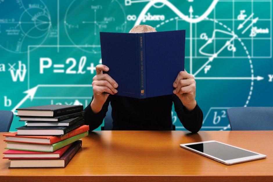 Ocena nauczycieli głównym tematem debaty nad finansowaniem zadań oświatowych