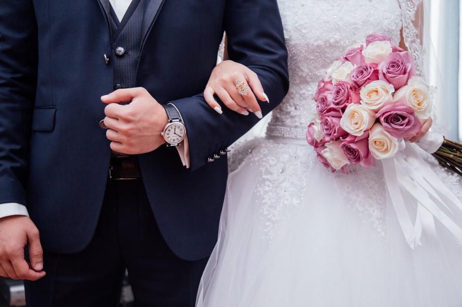 Ślub: Spada liczba małżeństw w Polsce