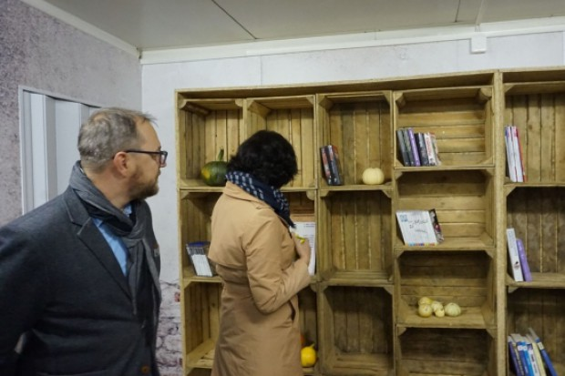 W Współdzielni można zostawić przeczytane książki (fot.gwda.pk)