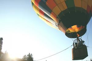 Polecieli balonem, by sprawdzić zanieczyszczenie powietrza