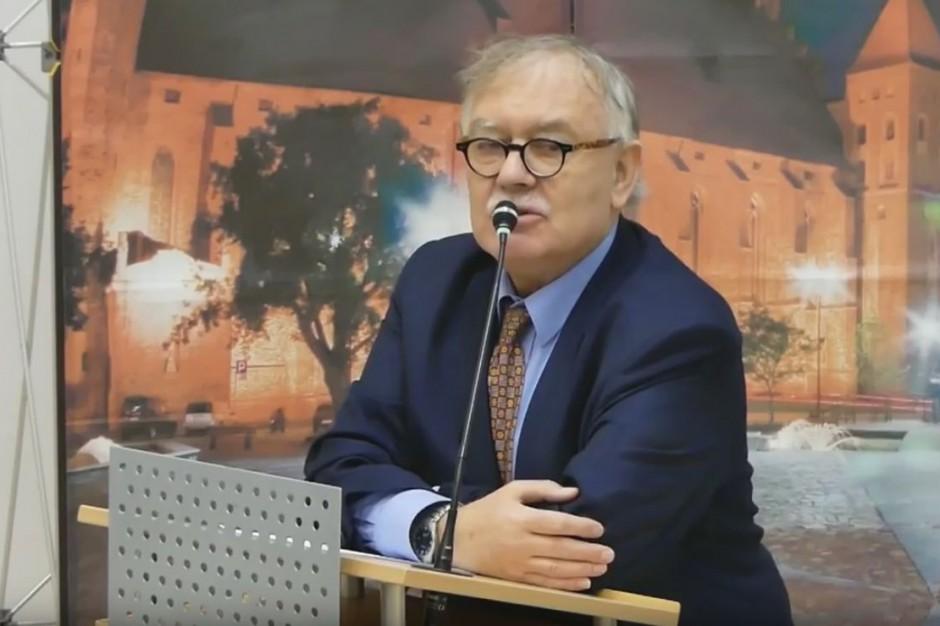 Prof. Ireneusz Krzemiński: Władza autorytarna lubi sprawiać wrażenie, że jest narodową, dbającą o tradycję