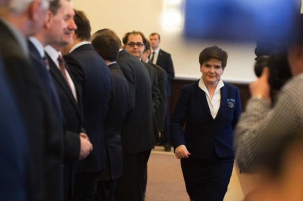 Spytaliśmy 7 polityków PiS o rekonstrukcję rządu, Beatę Szydło i...