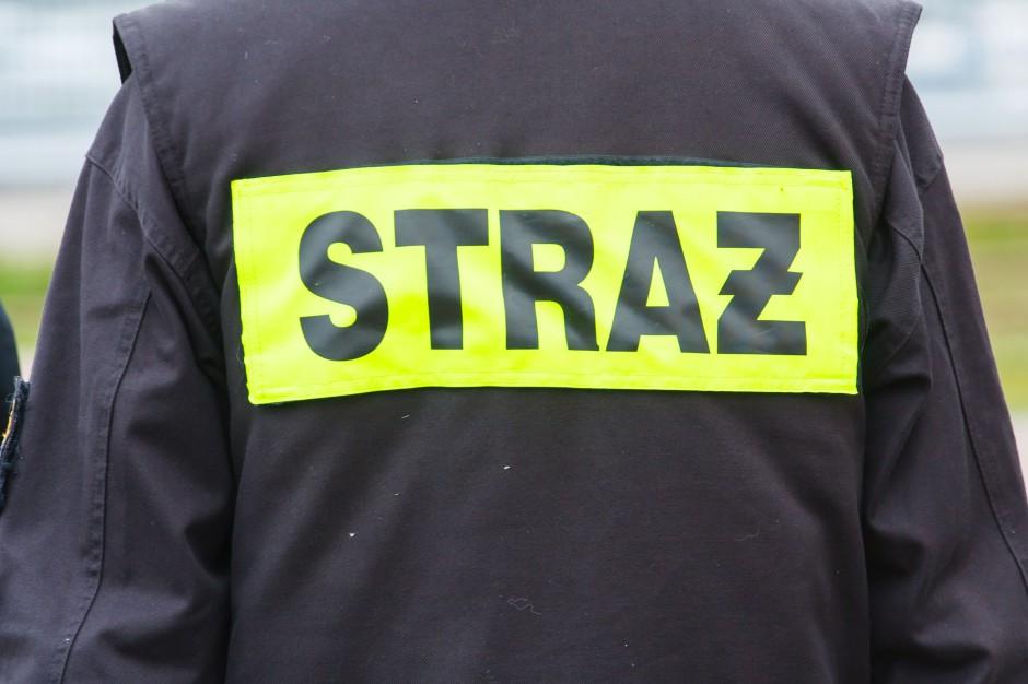 Warmińsko-mazurskie: Ponad 200 interwencji strażaków po nocnych burzach