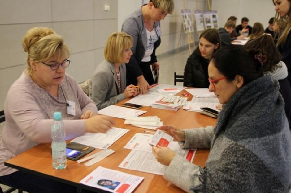 Warszawa poszuka bliźniaków genetycznych
