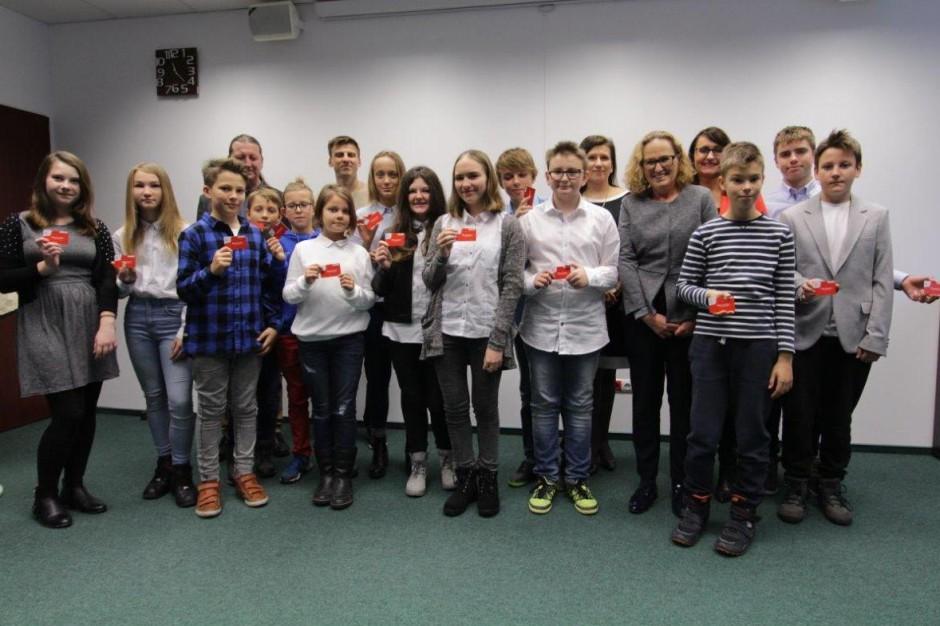 Z darmowej komunikacji w Warszawie korzysta już 142 tysiące uczniów