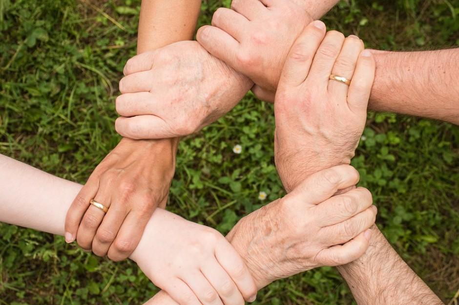 Bytom: Ruszyły banki wolontariatu i usług sąsiedzkich